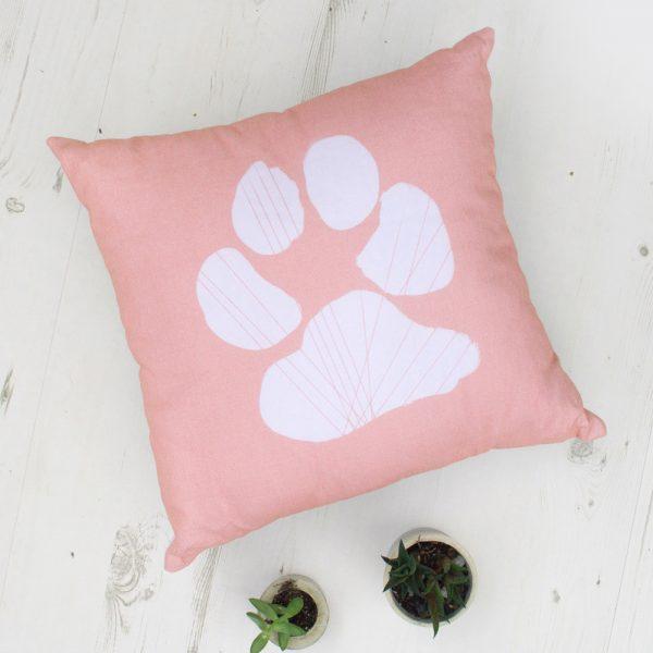 Su letenėle dekoratyvinė pagalvėlė